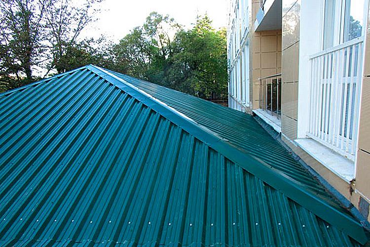 Применение профнастила Н35 - крыша